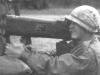 Американский солдат во время войны во Вьетнаме вооруженный М202 «FLASH»