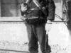 Японский солдат с пистолетом «Nambu Type 14»