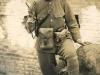 Японский офицер вооруженный револьвером «Type 26»